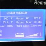 miernik napięcia akumulatorów w samochodzie inspekcyjnym