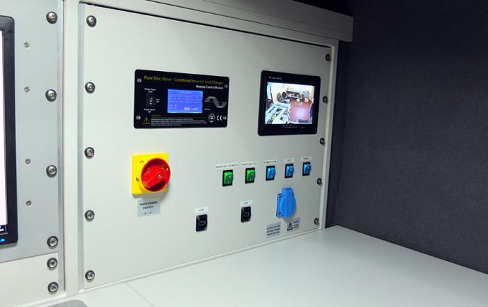 panel dystrybucji napięć w samochodzie do inspekcji kanalizacji