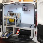winda kablowa i kamera inspekcyjna w samochodzie